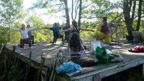 Platform Yoga